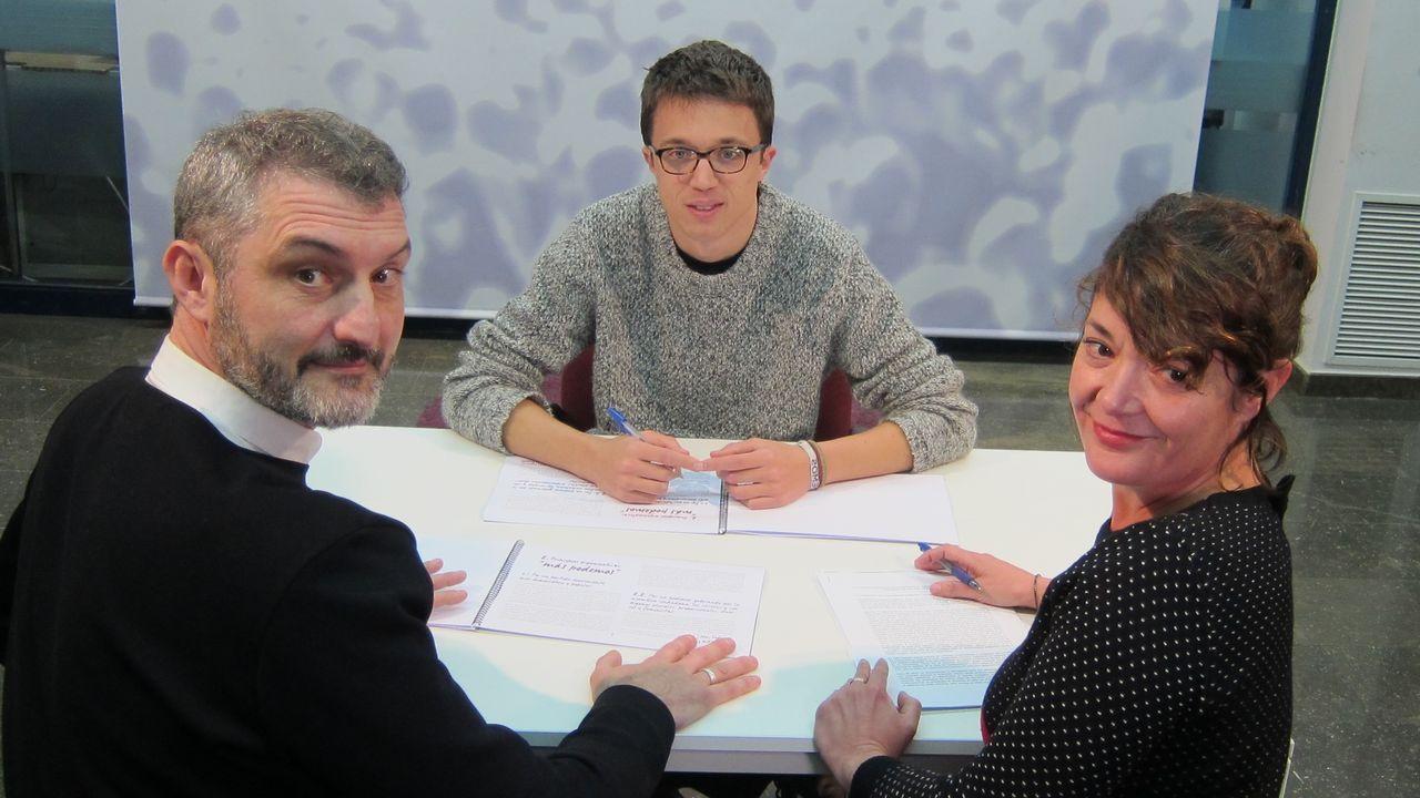 Errejón junto a Óscar Urralburu y María Giménez, hasta ahora responsables de Podemos en Murcia