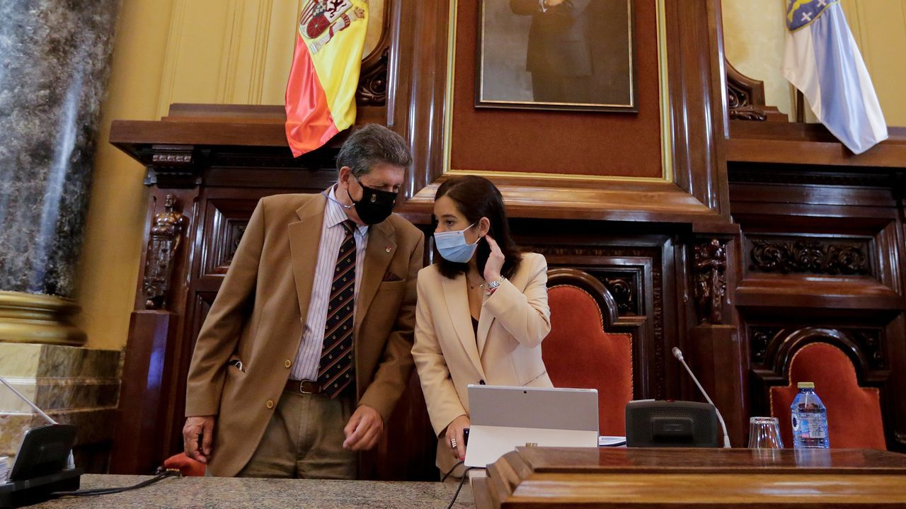 En directo: Sigue el pleno ordinario del Ayuntamiento de A Coruña.Uno de los últimos plenos en Muxía, tenso. En la reunión de este jueves también se acordó rebajar esa crispacion