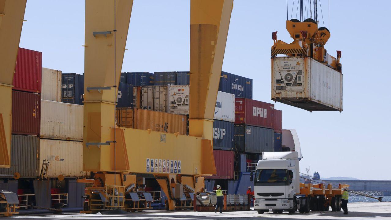 El objetivo es llegar a mover en torno a un millón de contenedores al año desde Caneliñas