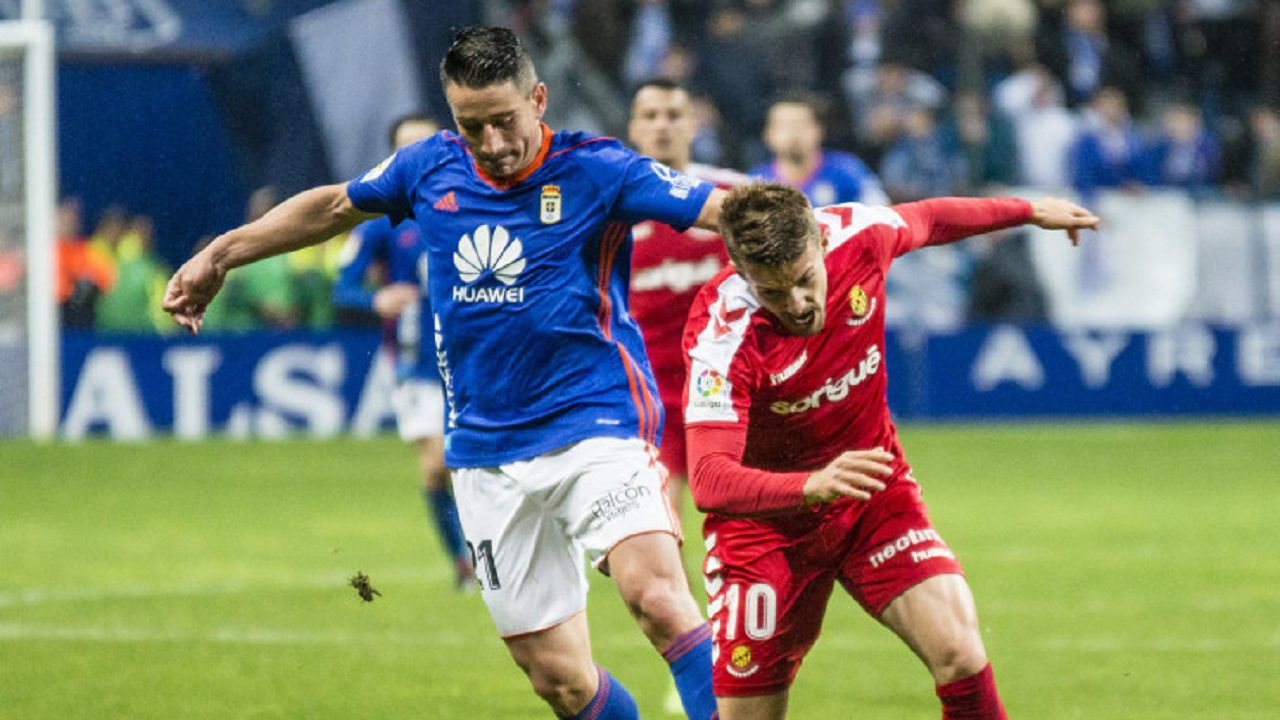 Gol Saul Berjon Carlos Hernandez Fabbrini Real Oviedo Nastic Carlos Tartiere.Berjón