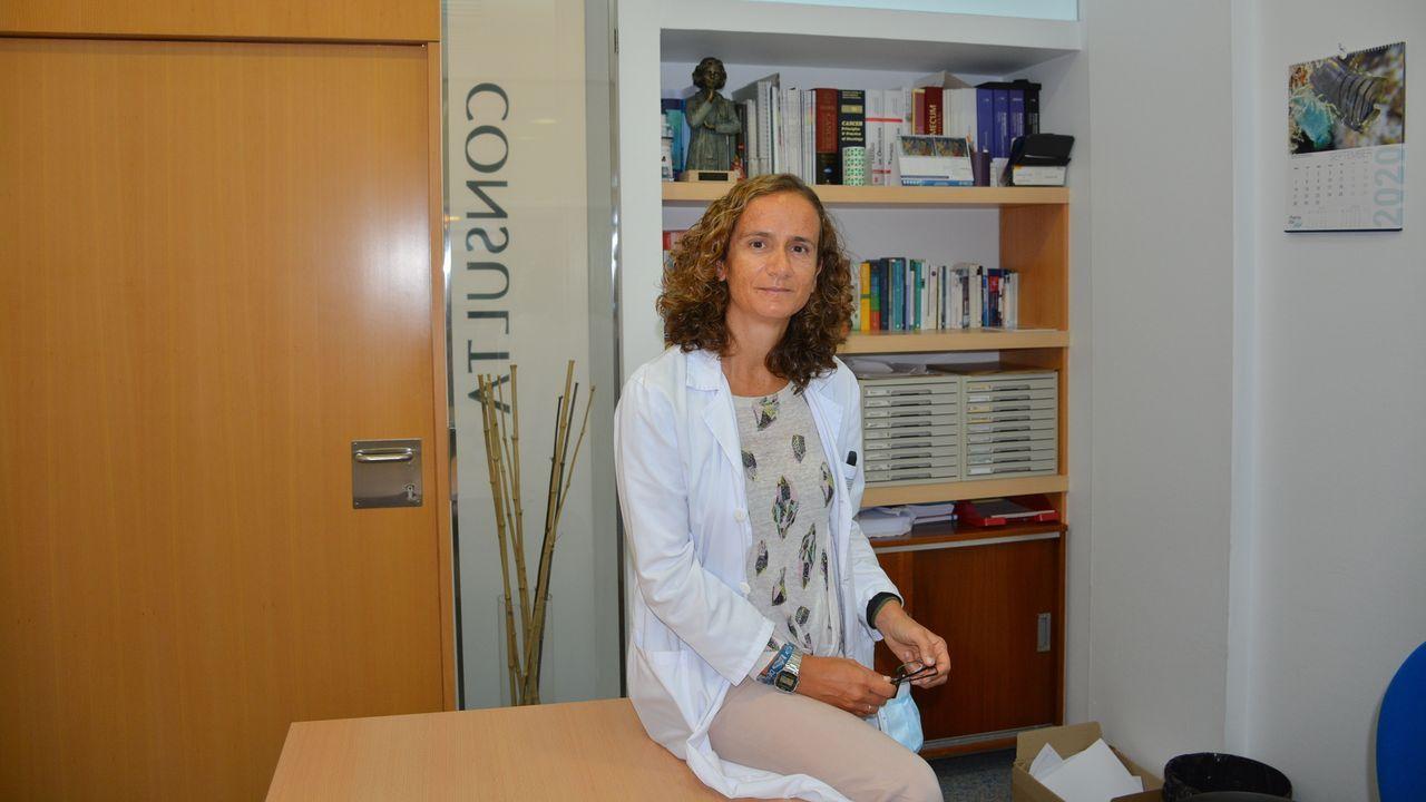 Los trabajadores delhospital gallego más castigado, el Chuac.Silvia Antolín, oncóloga del Chuac