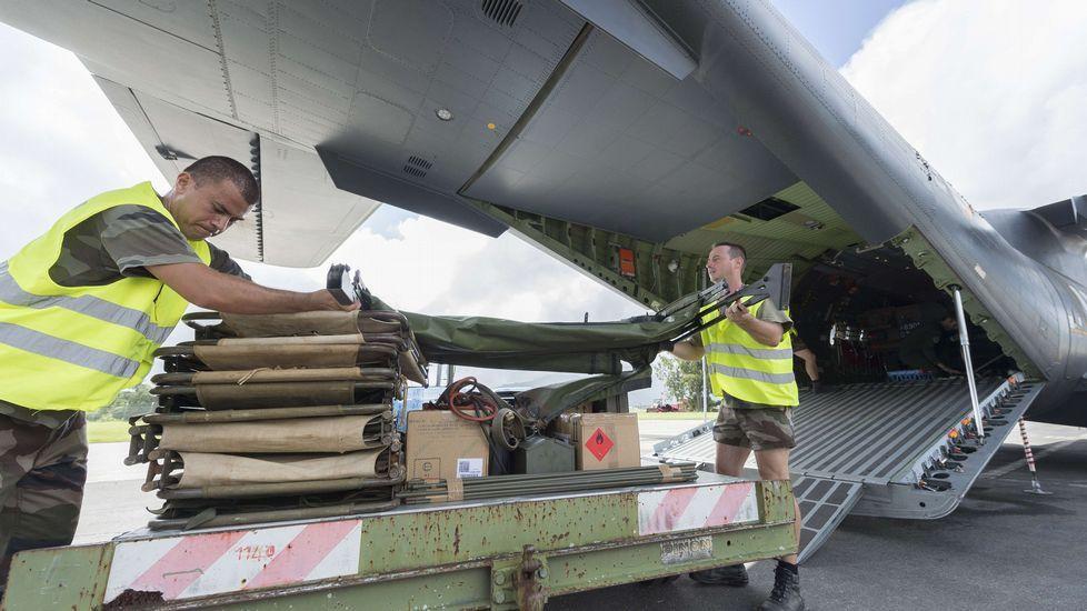 La ayuda internacional ya comienza a llegar al país.