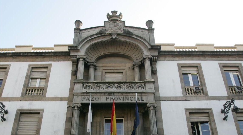 «Compostela, un ano de Voz».Ana González, alcaldesa de Gijón, en un mitin