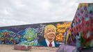 Un retrato de Donald Trump en un muro de Berlín
