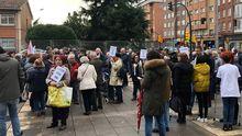 Concentración de la plataforma Atención Primaria en Marcha, en Gijón