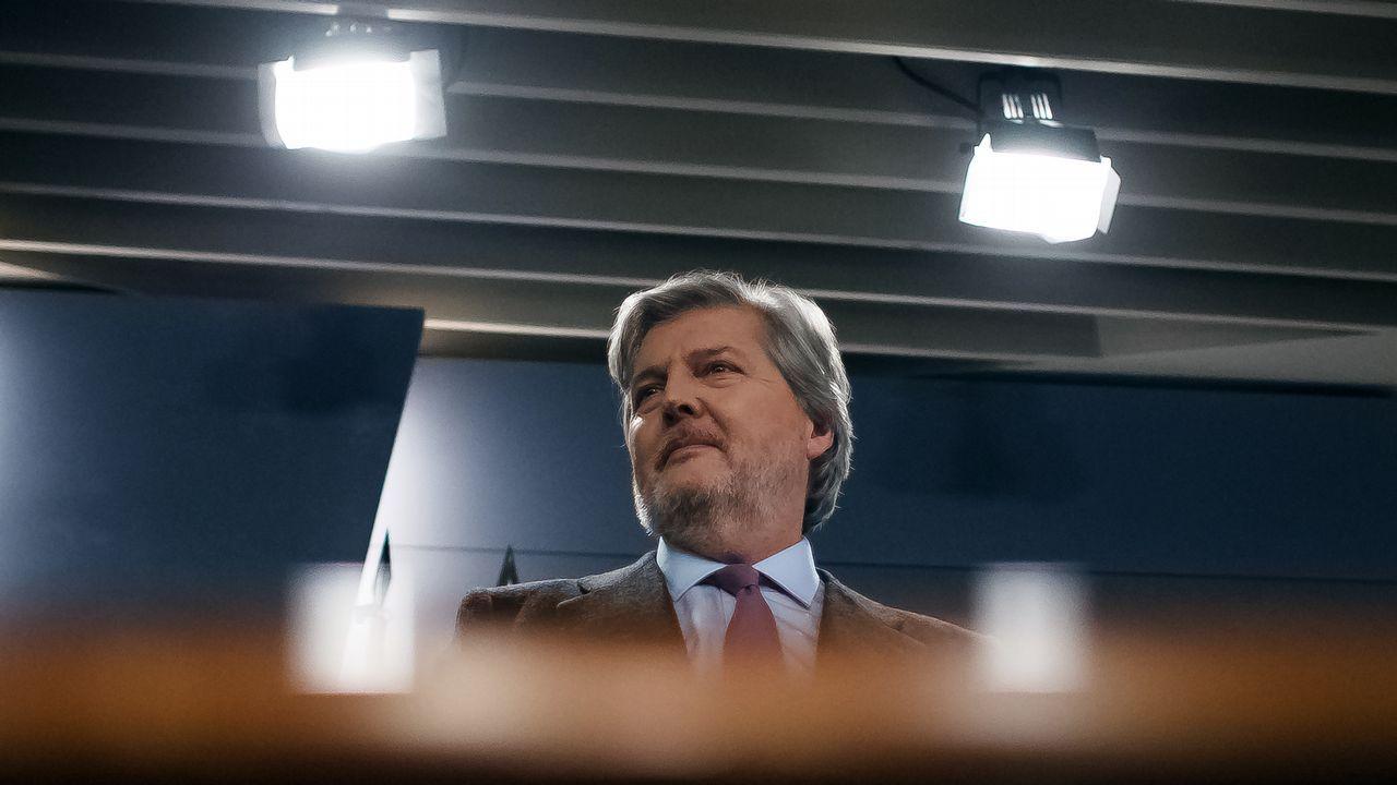 «¿Tú eres del Deportivo de Primera, del Deportivo de Segunda...? Yo soy del Deportivo, ya está».Tino Fernández, presidente del Deportivo