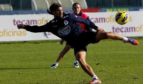 Fotos del Deportivo de La Coruña 2 - Betis 3.Tiago Pinto se perfila como favorito para suplir la baja de Ayoze en el lateral izquierdo deportivista.