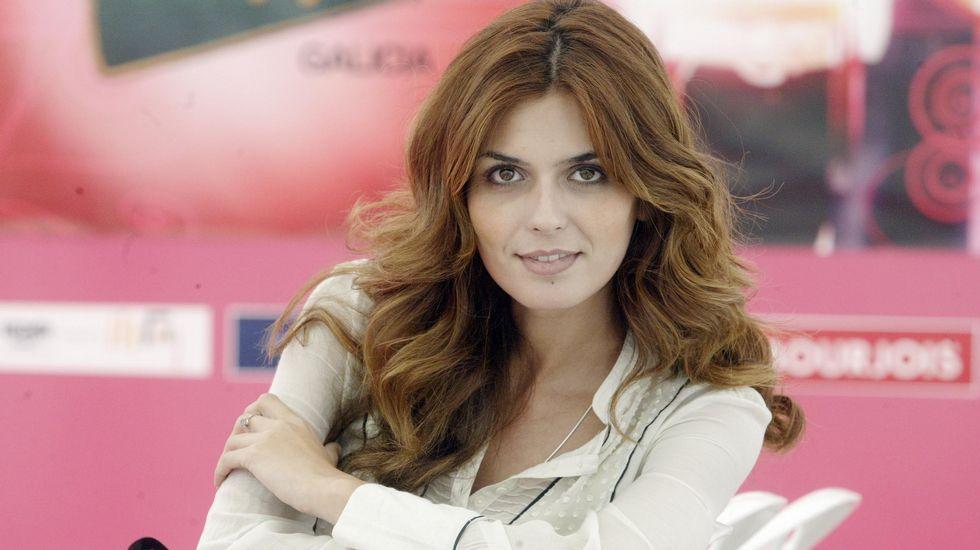 La rídicula caída de una aspirante a Miss España.Catriona Gray, Miss Universo