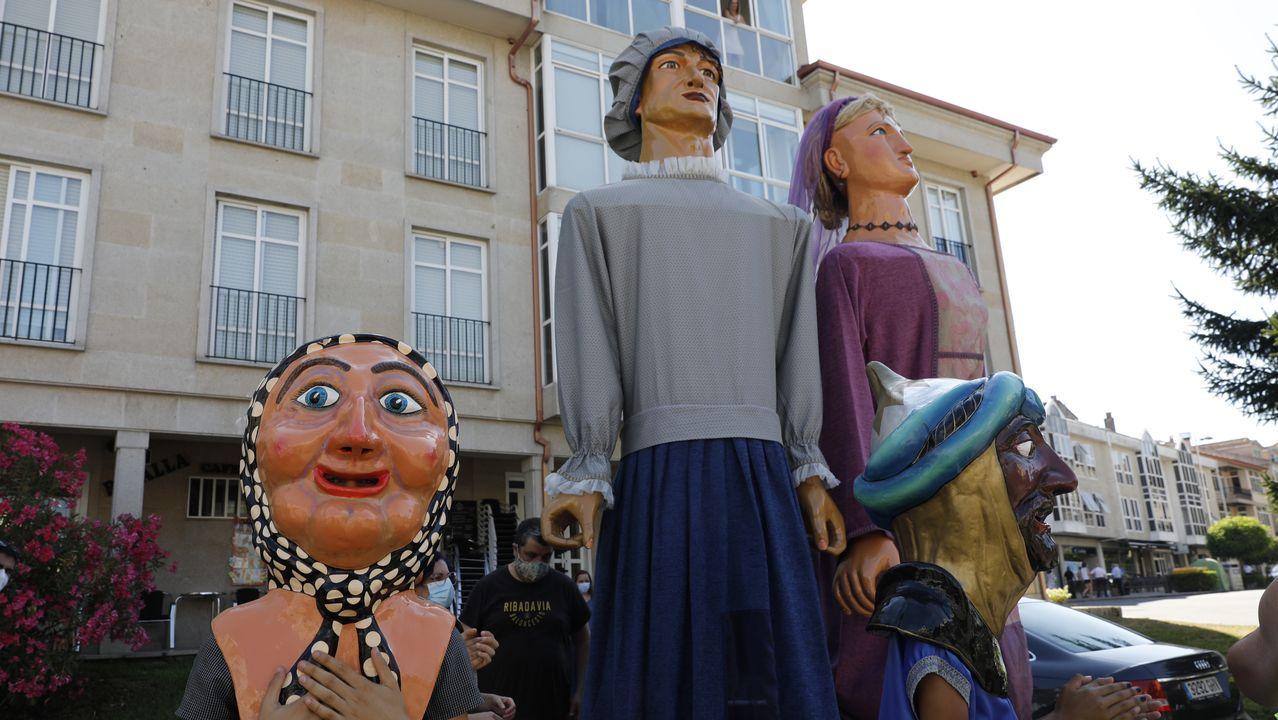 Rali de Ourense 2020.Los cabezudos son una de las grandes atracciones de la celebración para los más pequeños