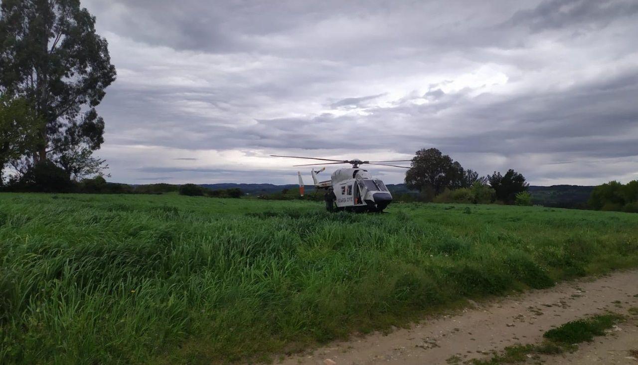 Un fallecido en un nuevo accidente en el corredor Lugo-Monforte.Un helicóptero de la Guardia Civil participa en las labores de búsqueda
