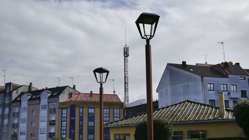 Antena de telefónia movil en Rúa Visitación Encina s/n O Burgo, Culleredo