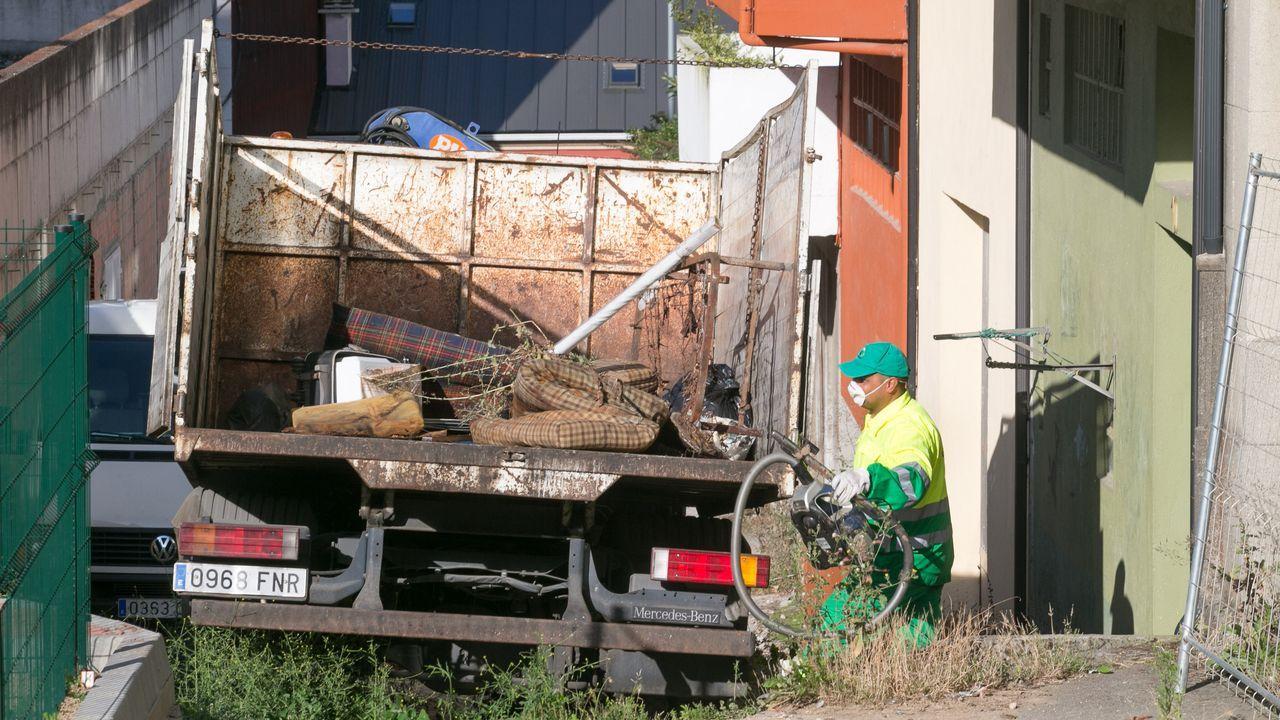 La vivienda de los padres detenidos en Lugo acumulaba gran cantidad de basura