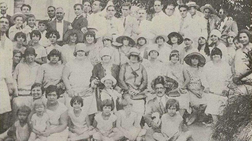 Uno de los festivales organizados en 1928 en los jardines de La Tropical