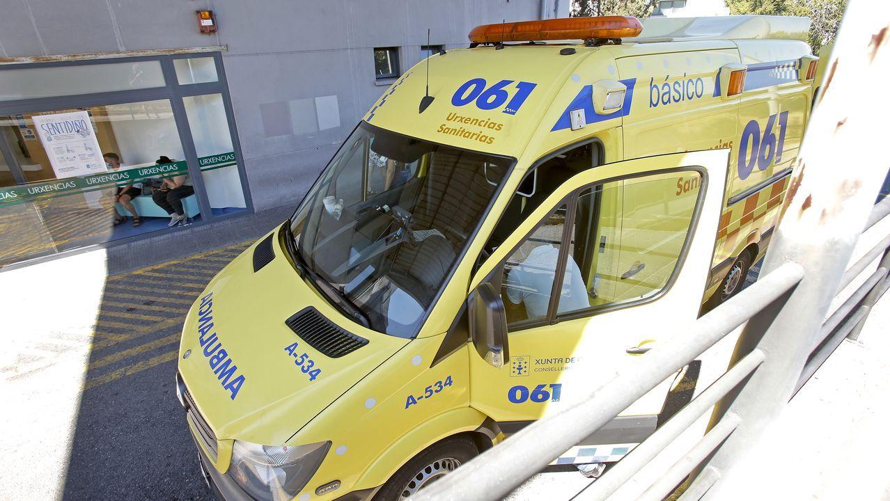 Entrada del servicio de urgencias del Hospital Montecelo, en Pontevedra, donde hay un paciente de coronavirus ingresado en planta