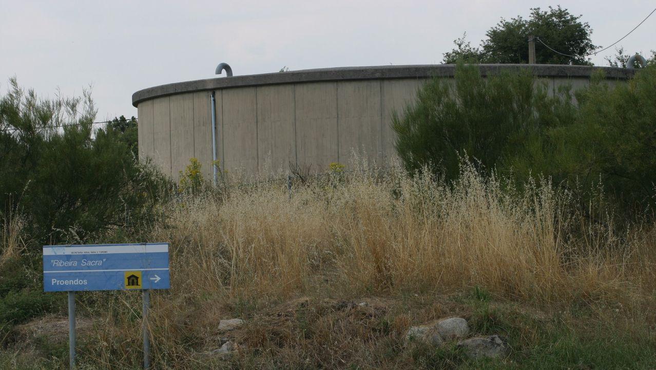 Fotografía de archivo del depósito de la traída municipal de aguas de Sober