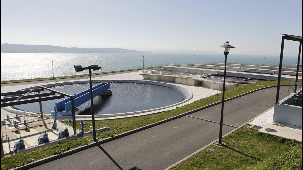 José María Paz: «Hace falta el gasoducto para unir Galicia con la Meseta».VIEIRA DE LA RÍA FERROLANA DECOMISADA EN AROUSA