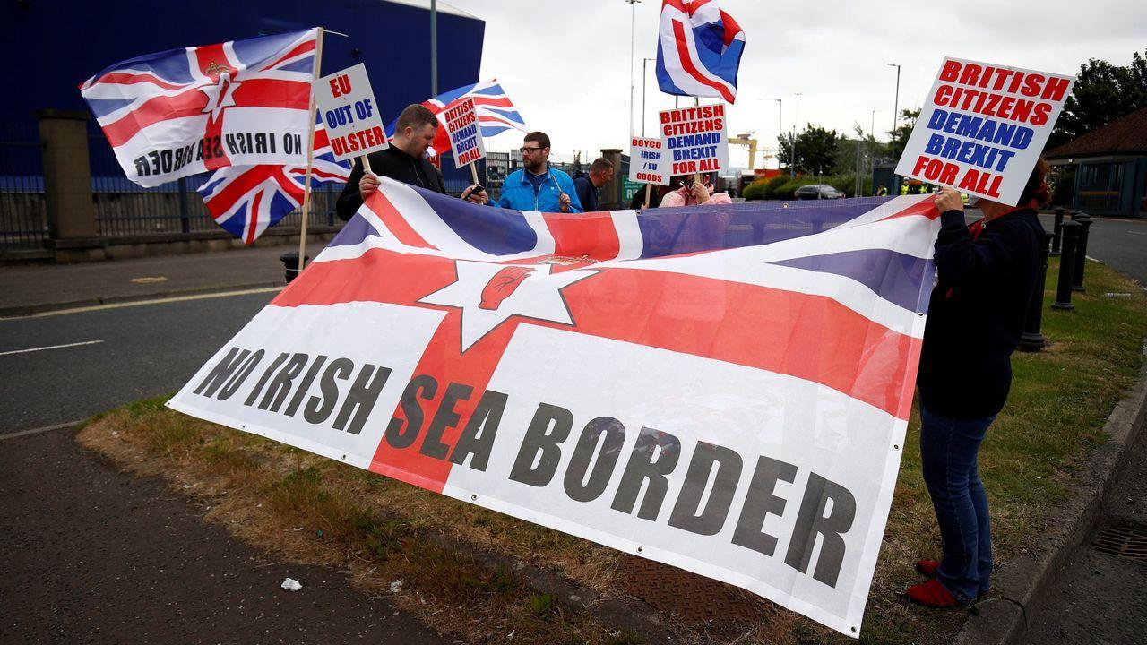 Protesta de unionistas en Belfast contra los controles entre Irlanda del Norte y el resto del Reino Unido