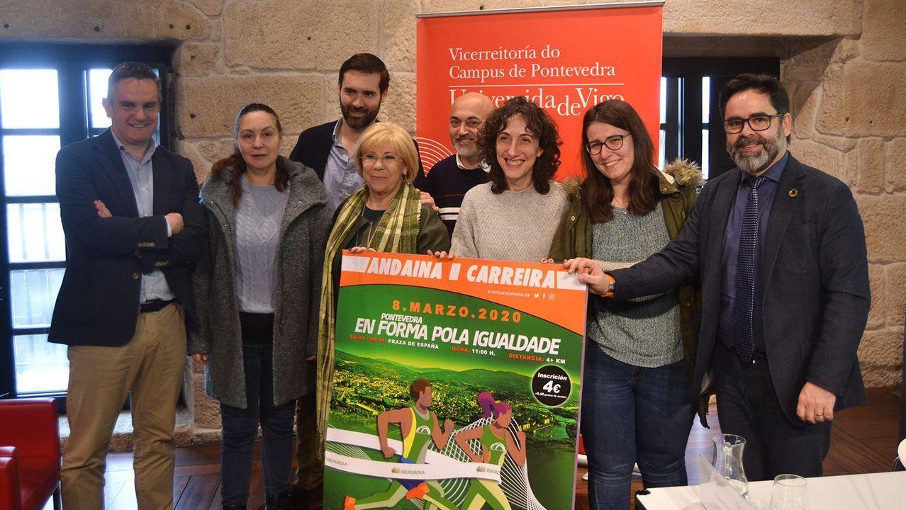 Estudiantes en Navarra, haciendo los examenes de selectividad en un pabellón, esta semana
