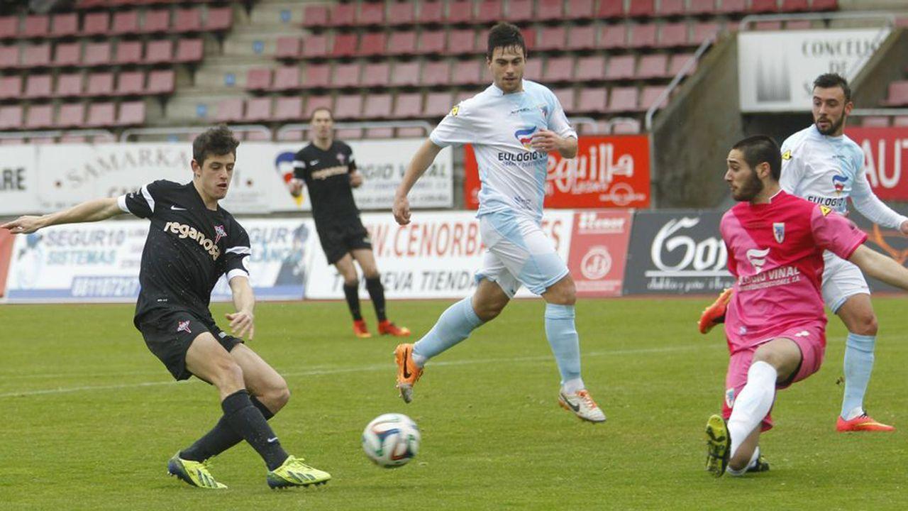 Steven celebra su gol ante el Bilbao Athletic