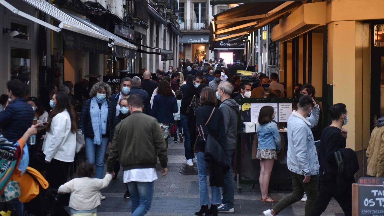Primerajornada sin toque de queda en Galicia