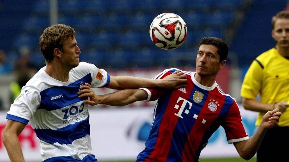 Espectacular gol de Lewandowski.Robert Lewandowski, con la camiseta del Bayern