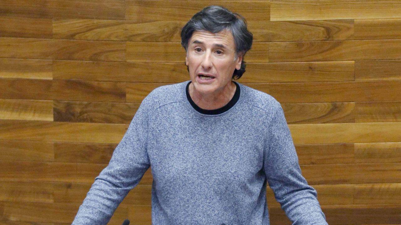 Avilés calla por las víctimas.Enrique López