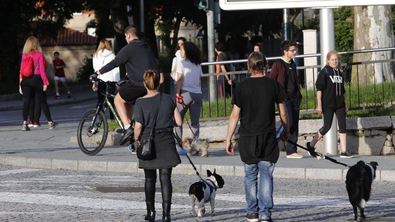 Los paseos vespertinos estuvieron concurridos en Ourense