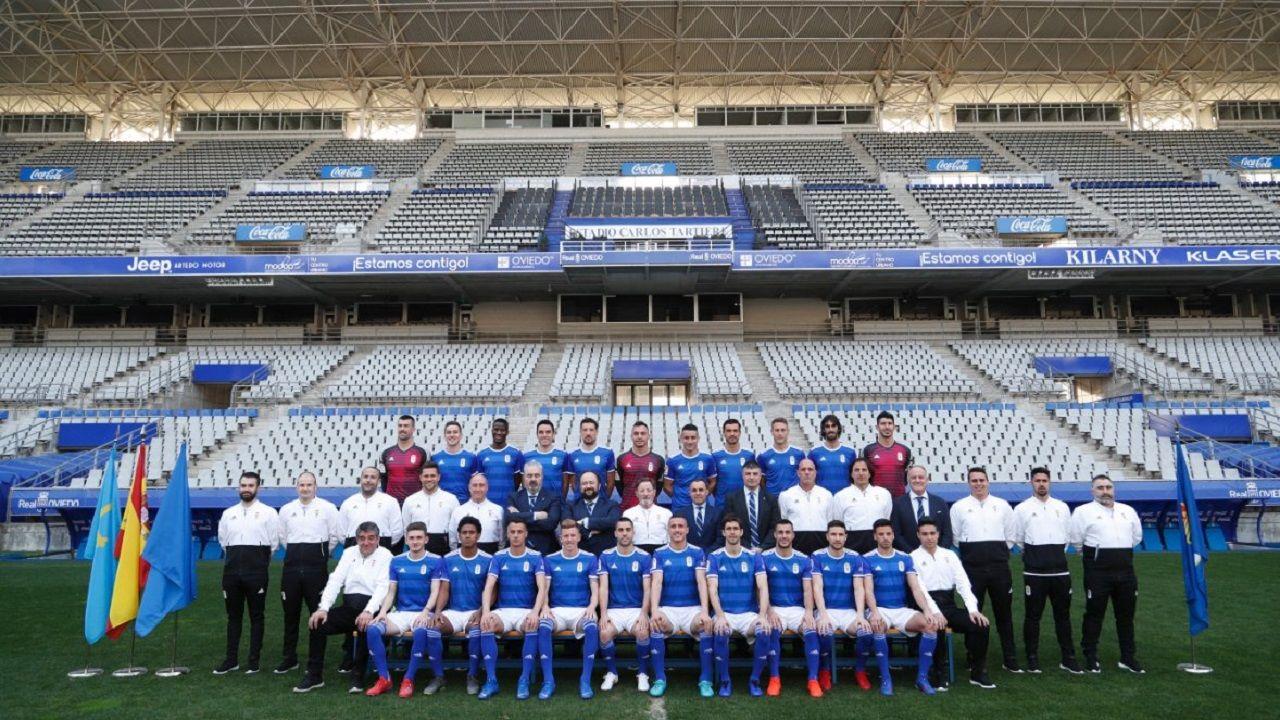 Foto oficial del Real Oviedo 18/19