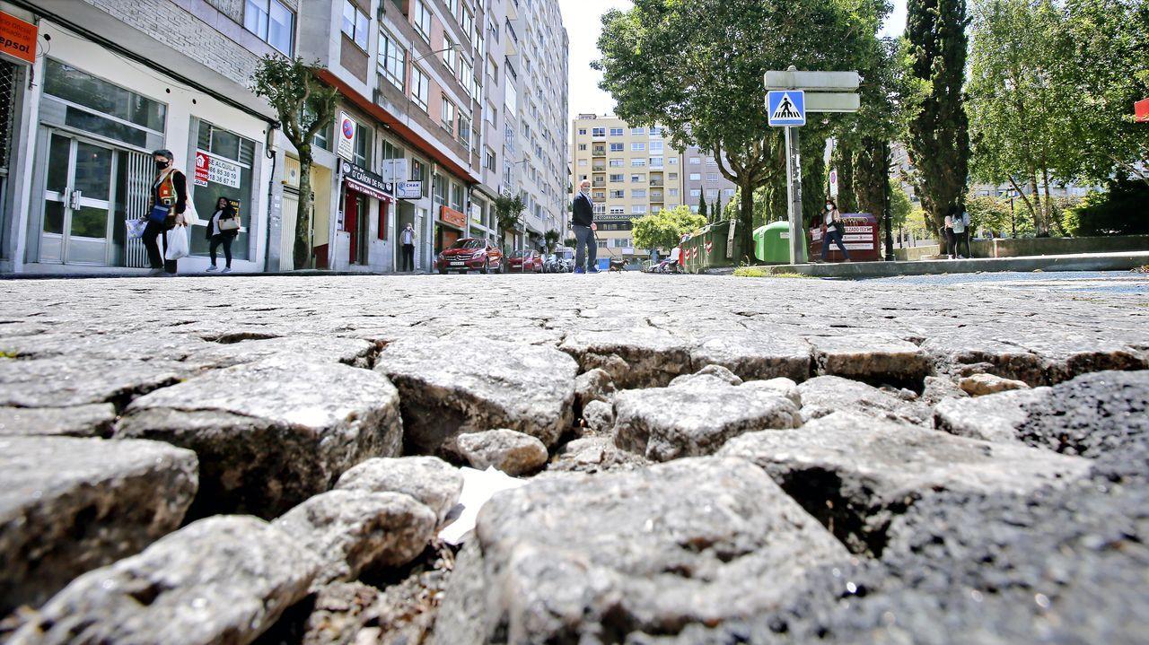Pavimento de adoquines en la plaza de Barcelos, en Pontevedra