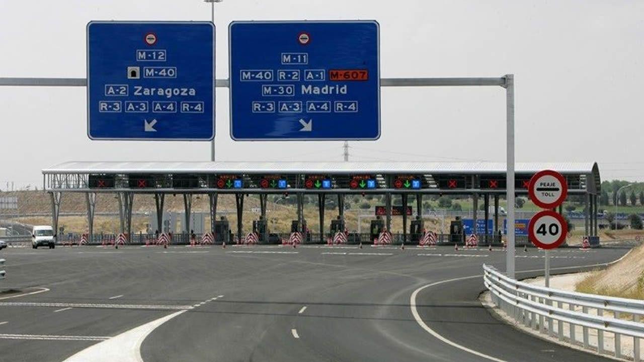 La autopista del Huerna.Imagen de archivo de la Autopista M-12 que conecta Madrid con el aeropuerto