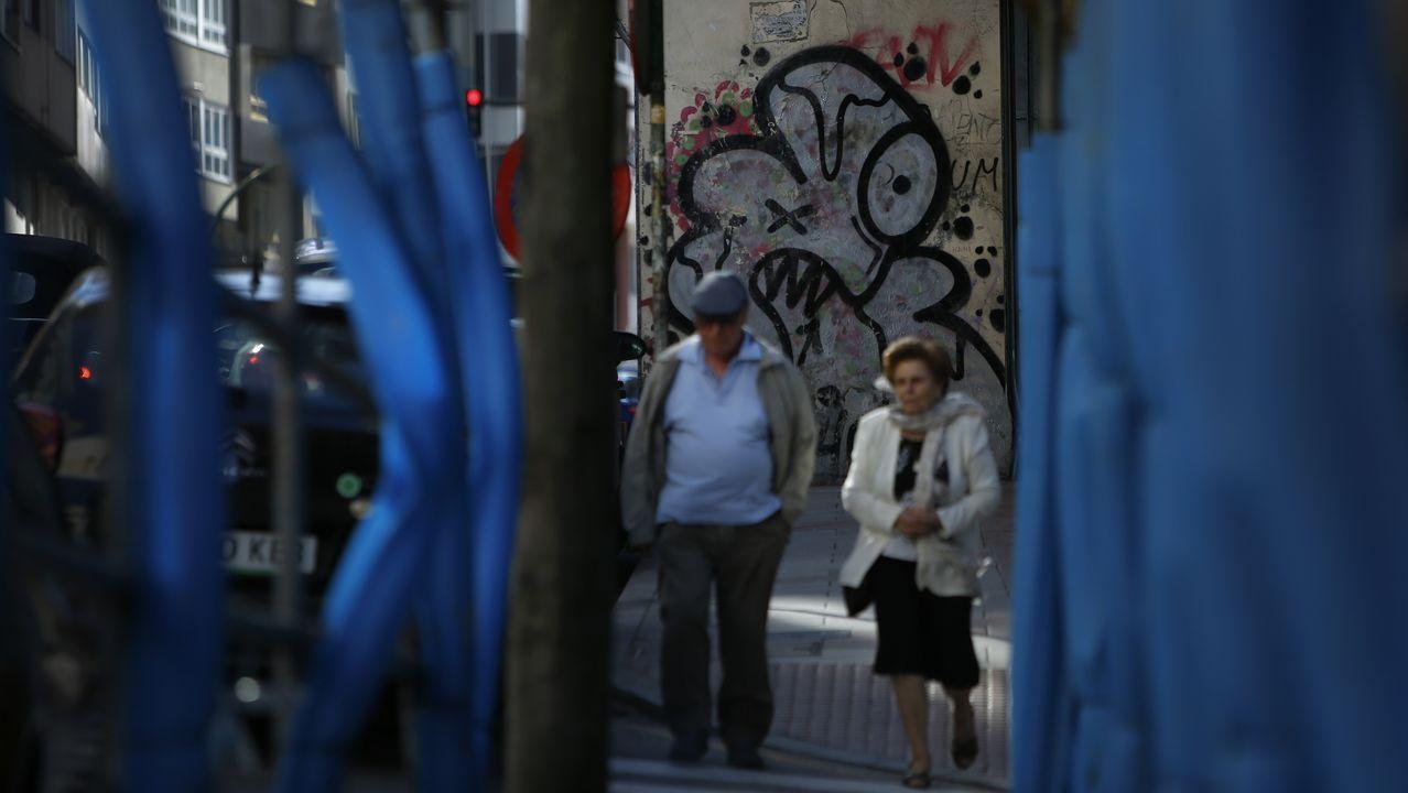 La quiebra de Thomas Cook deja a miles de turistas británicos a la espera de ser repatriados.Iván Pravia y Paula Díaz-Caneja en la presentación de los paneles fotovoltaicos de Alimerka