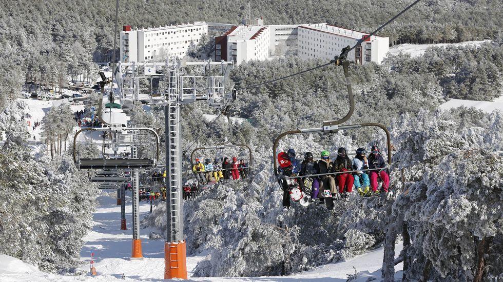 Loly Soto dejó una propina de 30 euros en Lateral.Imagen de archivo de la estación de esquí de Cabeza de Manzaneda