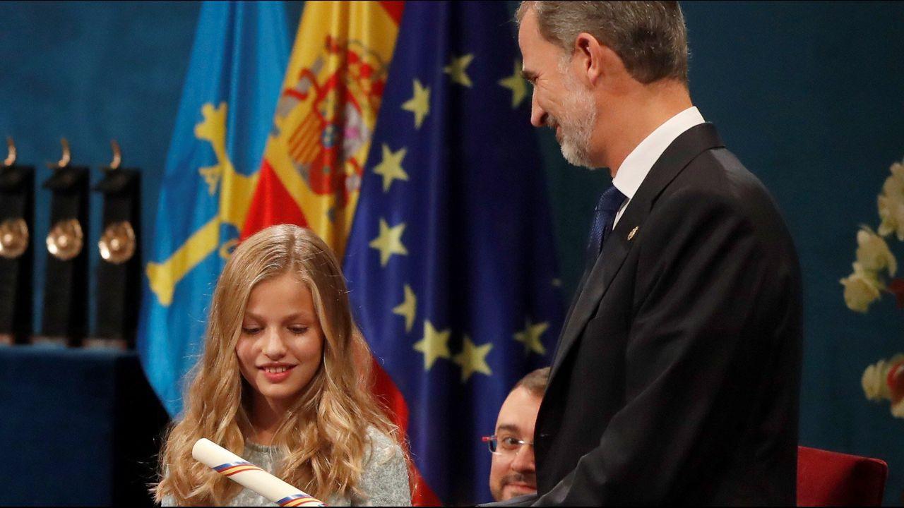 Los reyes Felipe y Letizia, junto a la princesa Leonor y la infanta Sofía, durante la ceremonia de entrega de los Premios Princesa de Asturias 2019 que se celebra este viernes en el Teatro Campoamor de Oviedo