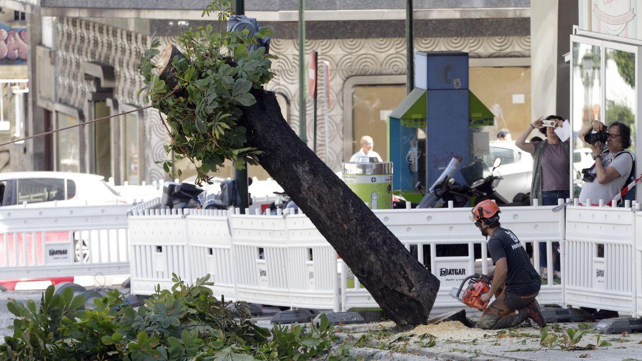 Lanzamiento de fuegos artificiales en Bouzas