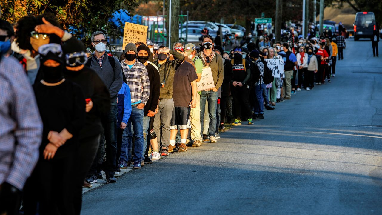 Colas para votar en Carolina del Norte