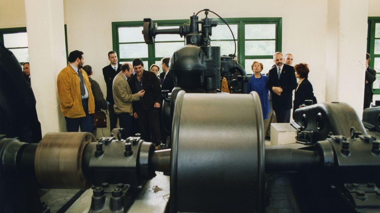 Inauguración de la planta y del generador en mayo de 1999