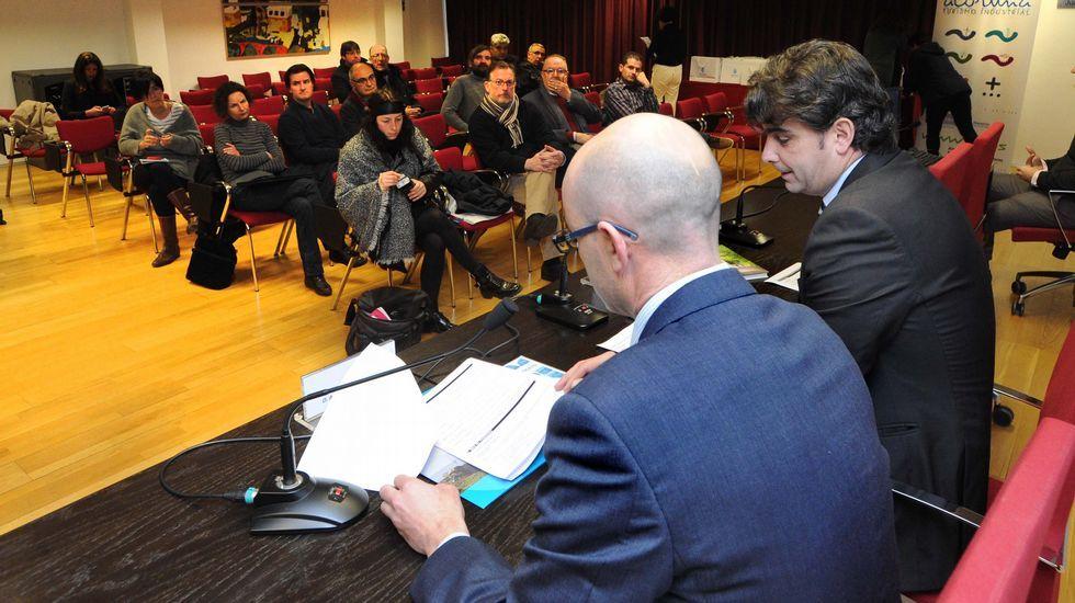 Luís Giadás, Xosé María Varela, José Luis Fondo e María Luz Imia presentaron onte o programa de actos que serán desenvolvidos no Couto o 7 de febreiro, co gallo do plenario da Real Academia.