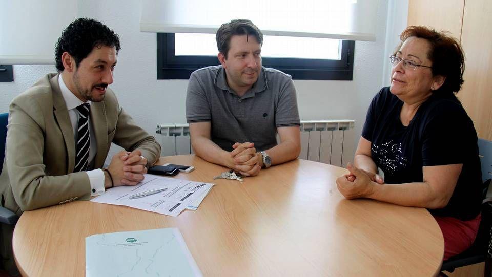 De izquierda a derecha: Moisés Blanco, Javier Rodríguez Paradelo y María del Carmen Rodríguez, en la reunión de esta mañana