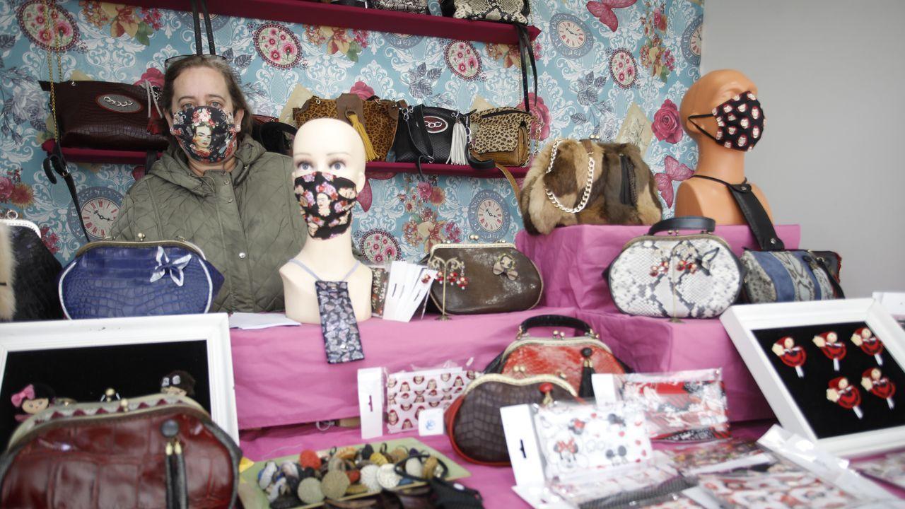 Mis Marinillas ofrece 200 mascarillas distintas, que ya son un producto artesano más