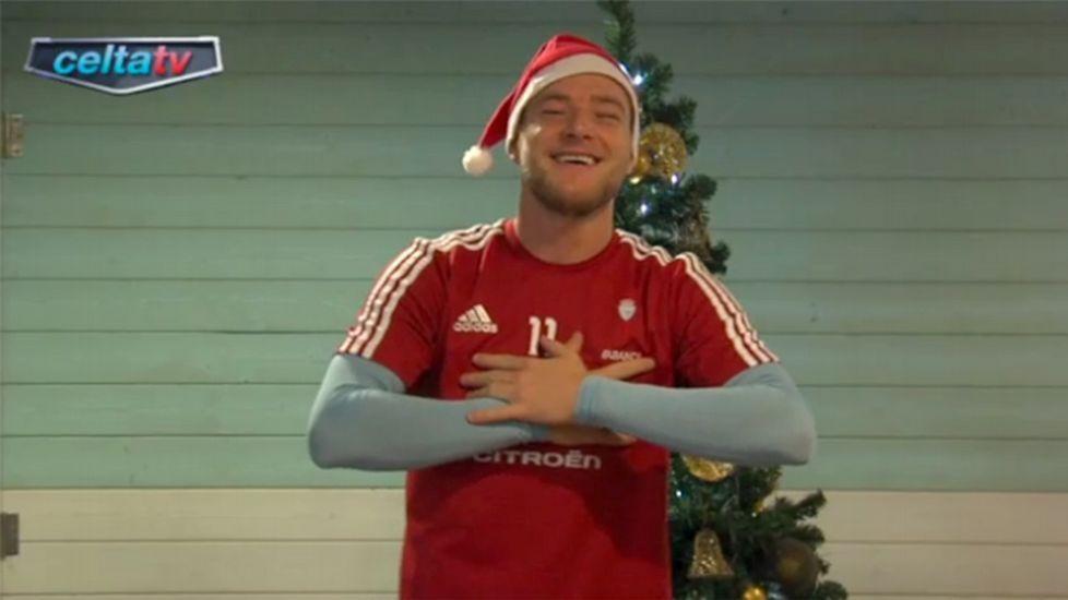 Guidetti, en el vídeo navideño del Celta del año pasado