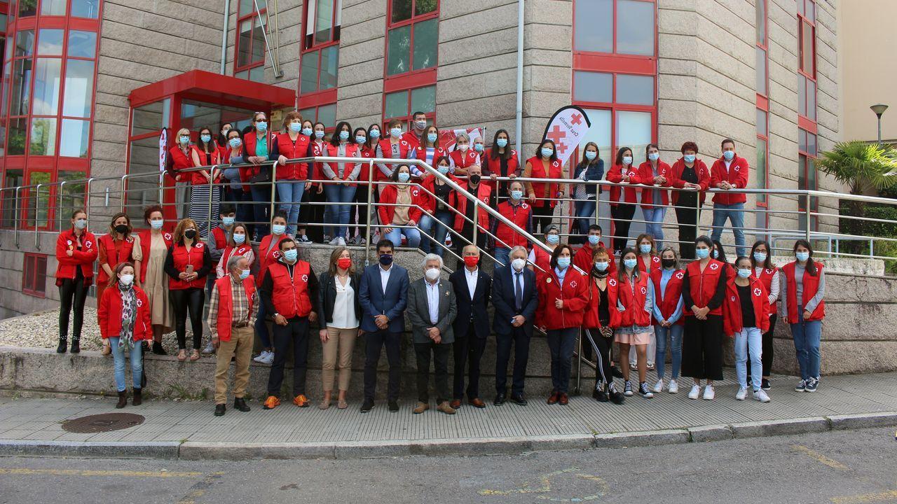 Así fue el acto por el Día Internacional de la Enfermería en el CHUO.Cruz Roja Ourense celebró el Día Mundial de la Cruz Roja
