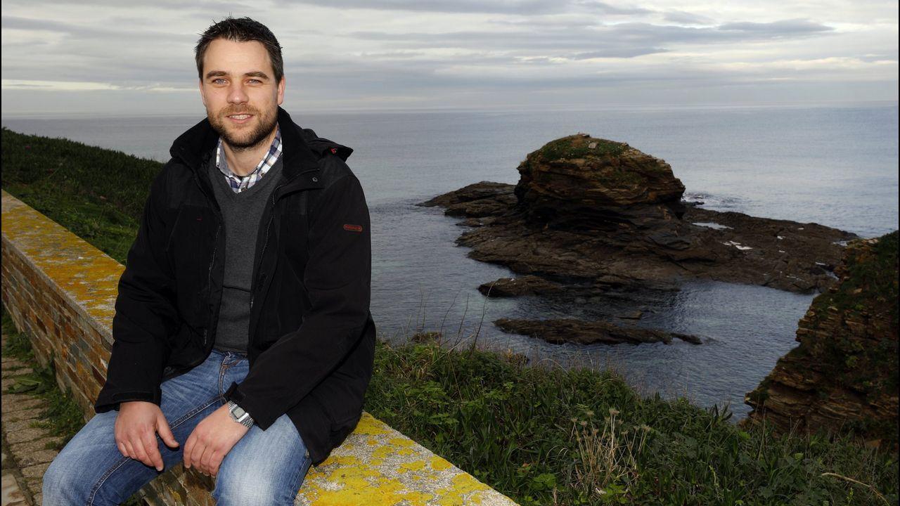 La gira de los ministros tras la investidura fallida.A alcaldesa en funcións de Lugo, desde o balcón do seu despacho da Casa Consistorial