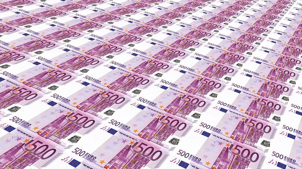 Billetes de 500 euros.De izquierda a derecha, Antonio Guterres, Mário Centeno y Vítor Constâncio