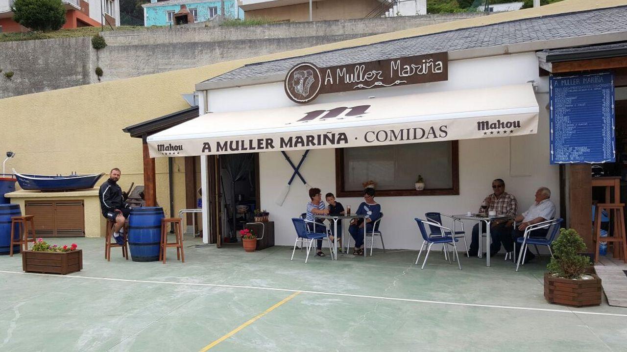 Áreas recreativas en la comarca de Ferrol.A Muller Mariña, en el Porto de Bares, en una foto previa a la pandemia, necesita personal para la cocina y un camarero