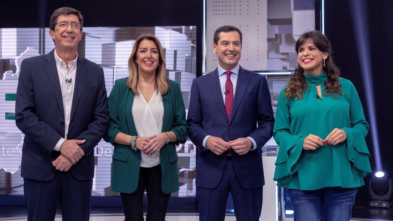 Los candidatos andaluces votan y hacen un llamamiento a una participación «masiva».Caado, durante un almuerzo con militantes en San Fernando, Cádiz