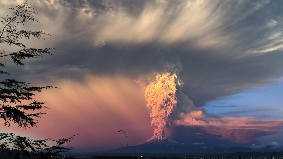 En mayo del 2011 la región argentina de la Patagonia resultó gravemente afectada por la erupción del volcán chileno Puyehue