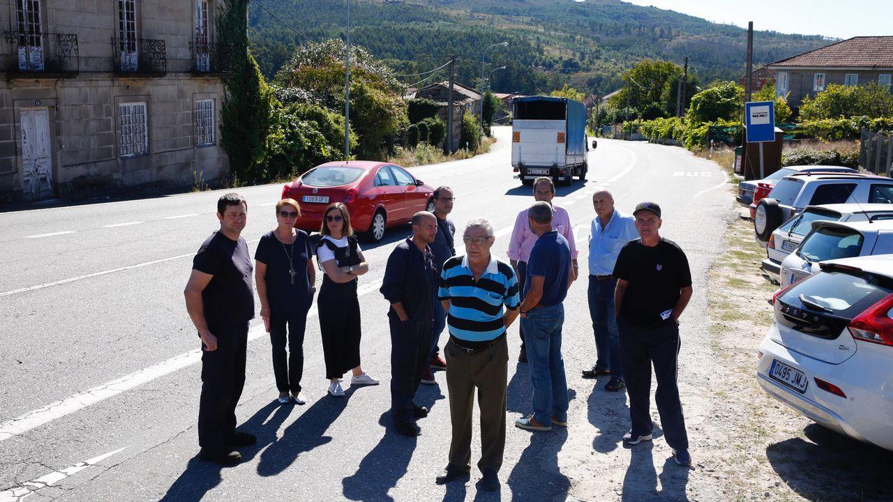«Non queremos unha autovía diante da casa».Los Mossos ante el Parlamento Catalán durante la jornada del referendo ilegal del 1-O