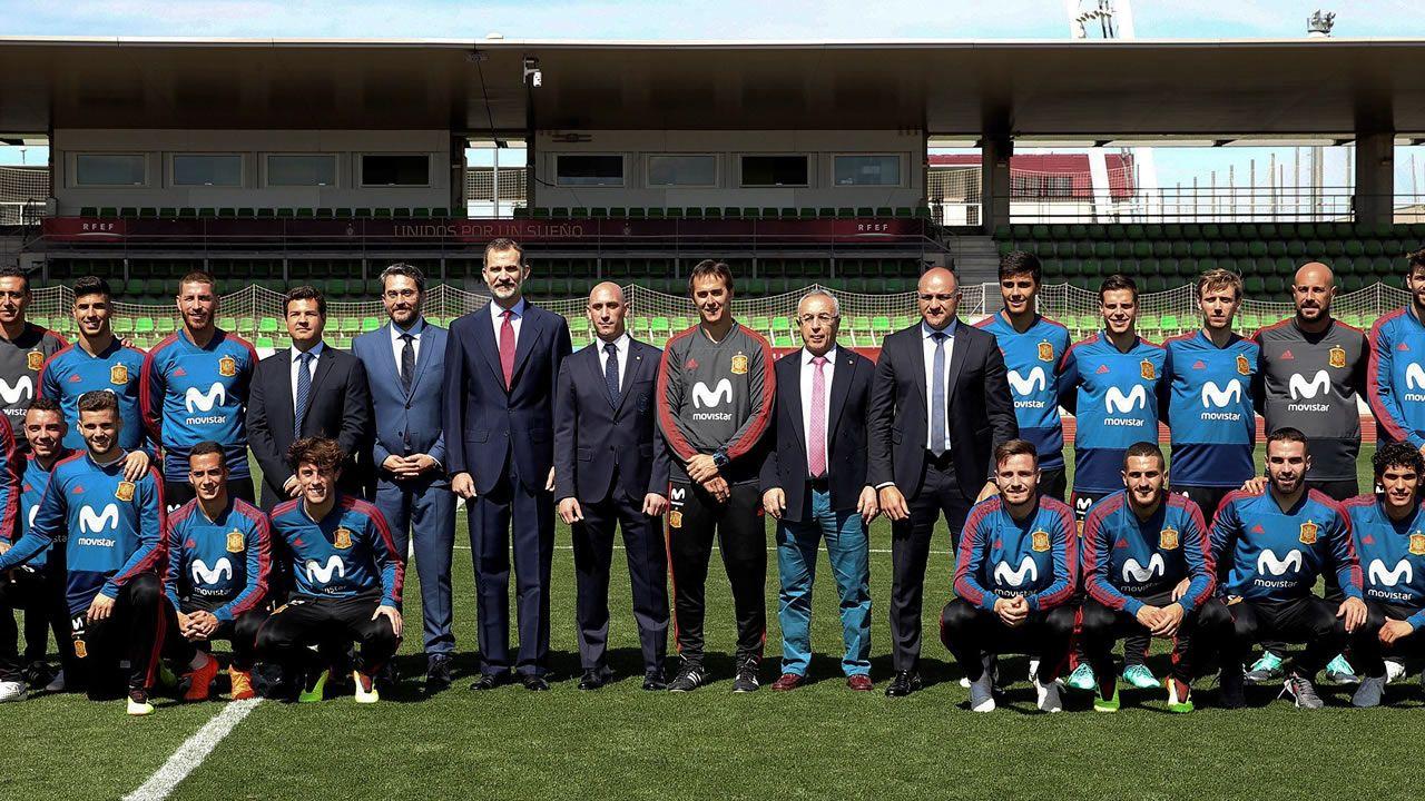 Felipe VI y el nuevo ministro de Deportes despiden a la selección