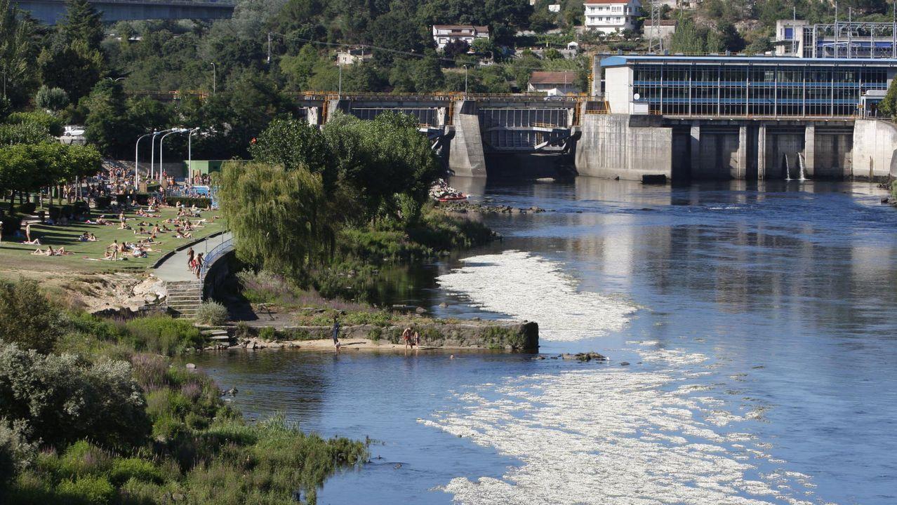 Estado de las termas en el paseo fluvial el Miño.Así estaba el embalse de abastecimiento de Eiras durante la sequía del 2017