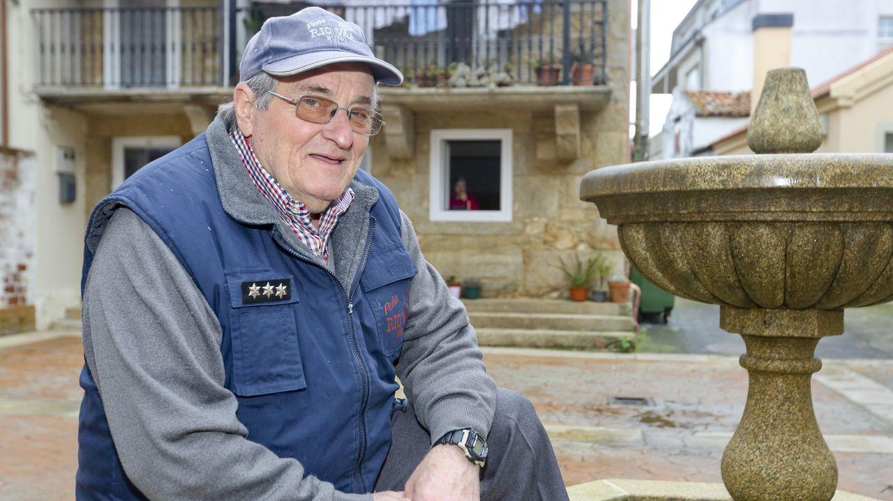 Manuel Penedo fue chapista, empleado de la construcción, y pescador desde muy niño.
